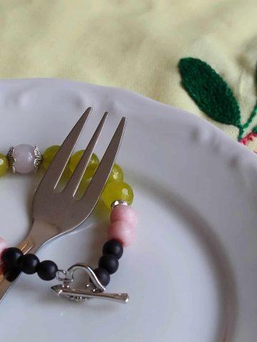 Gemstones and polymer clay handmade bracelet - daniscookings.wordpress.com
