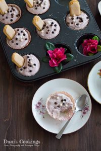 Very easy and heavenly delicious Cheesecake Filled White Chocolate Cups with blueberry jam | Dani's Cookings