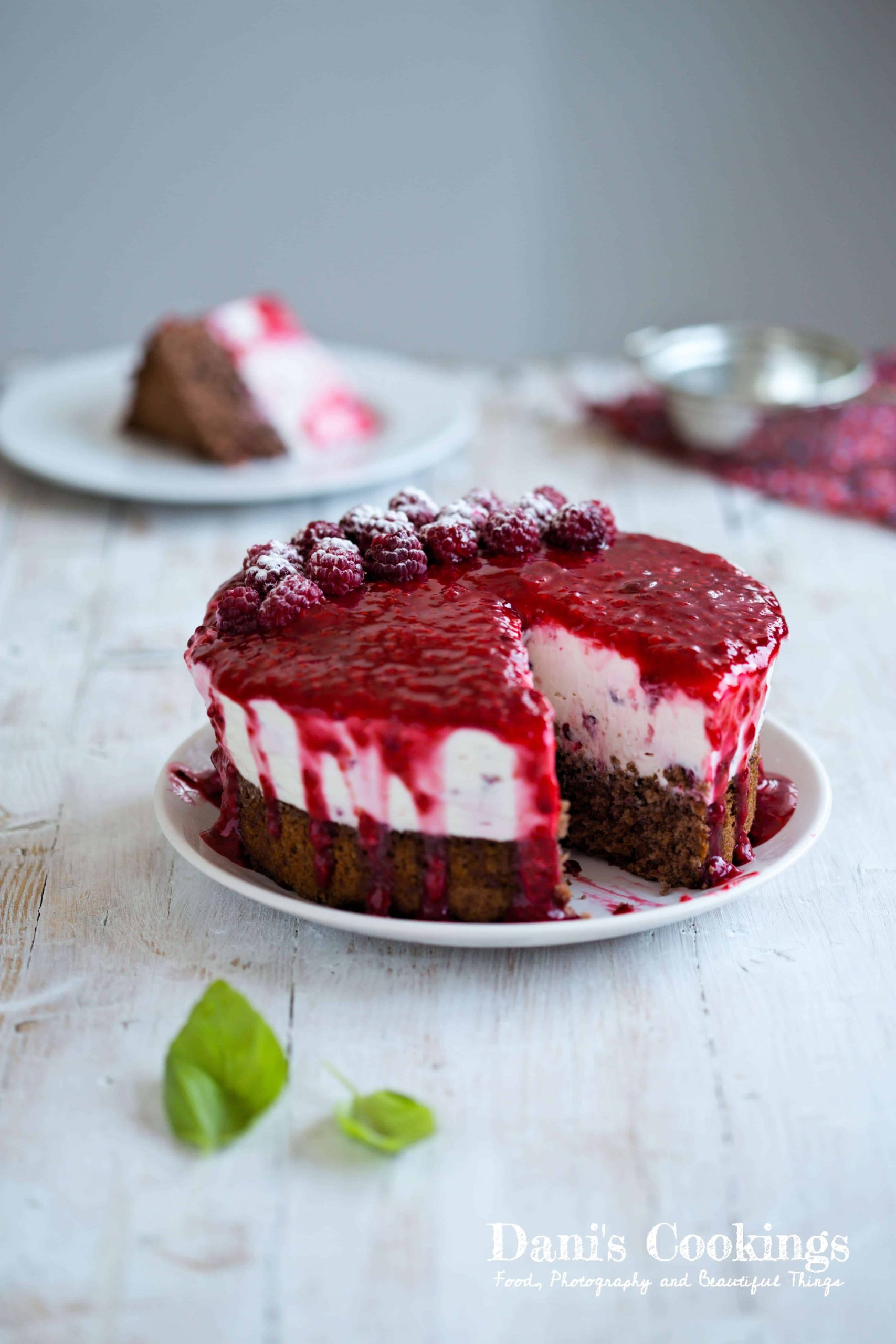 Wonderfully delicious Raspberry Cheesecake Cake | Dani's Cookings