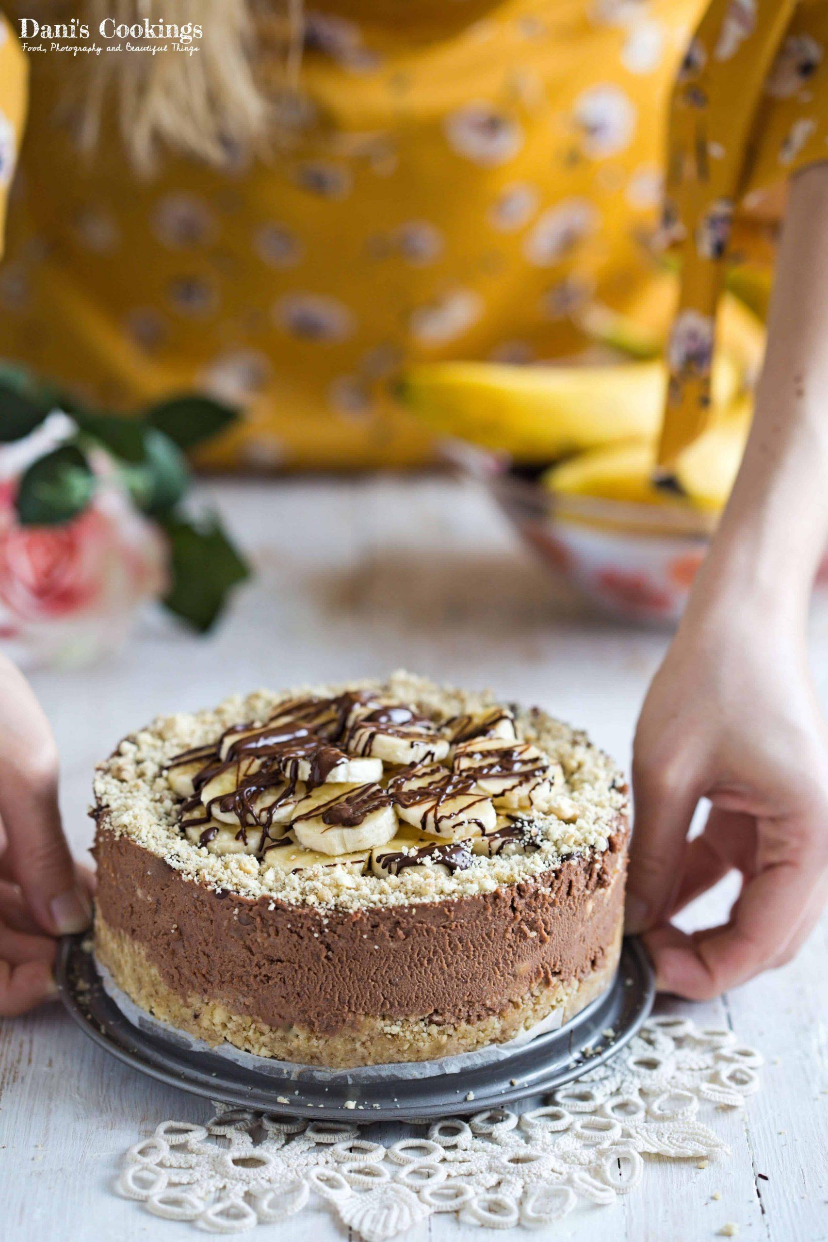 Delicious and easy no bake Chocolate Banana Mascarpone Cheesecake