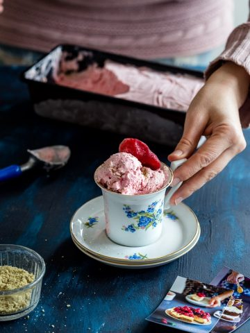 Keto Strawberry Cheesecake Ice Cream in a mug