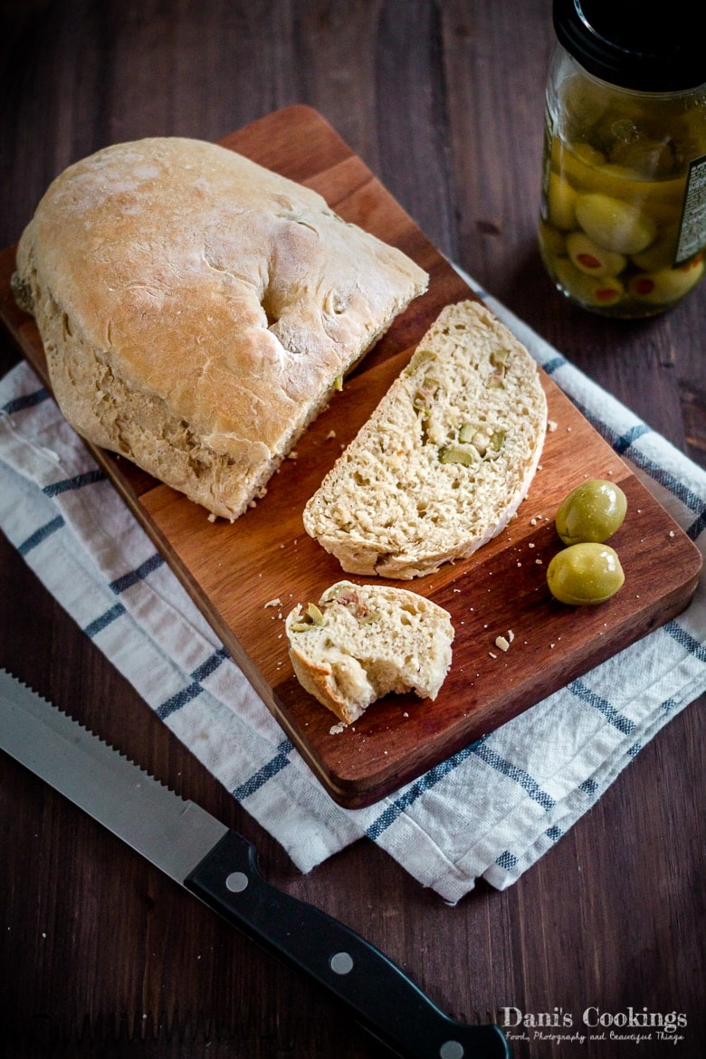 Bread with olives aside