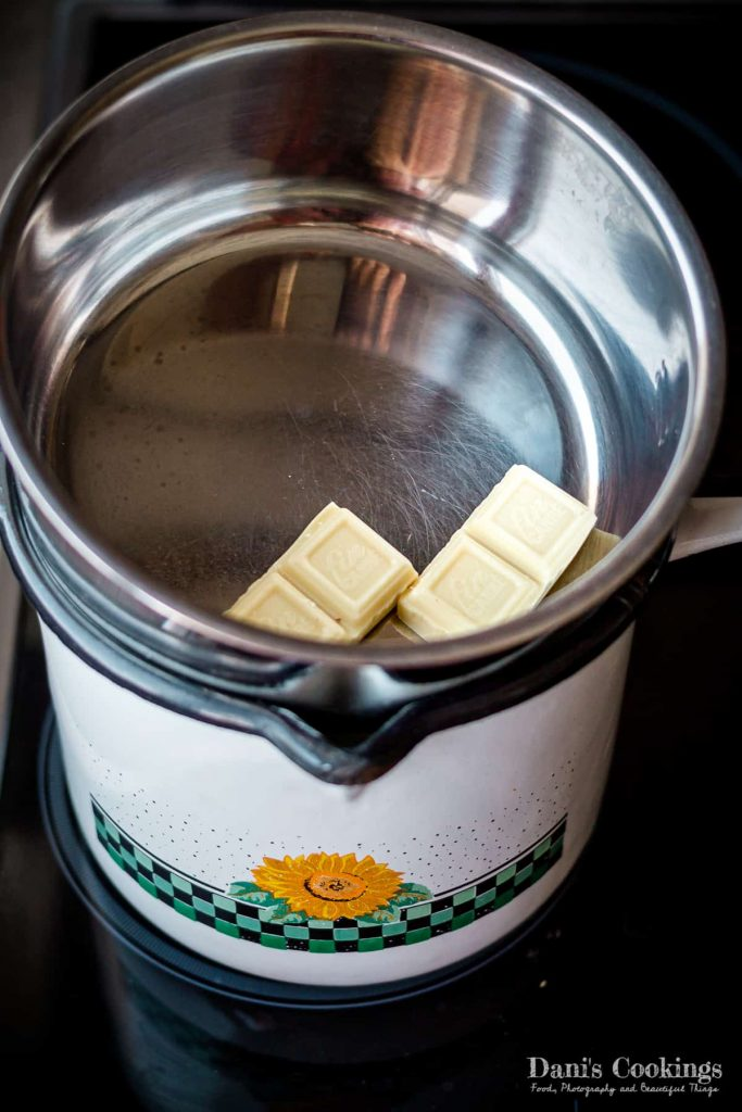 double boiler melting chocolate