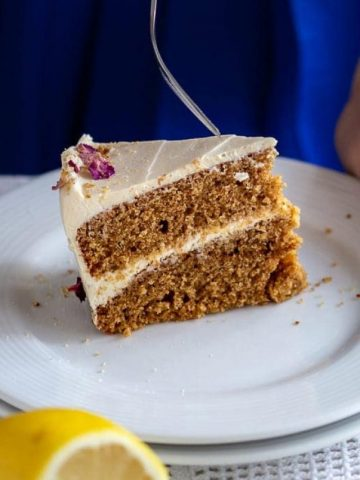 cropped-Healthy-Olive-Oil-Cake-18.jpg